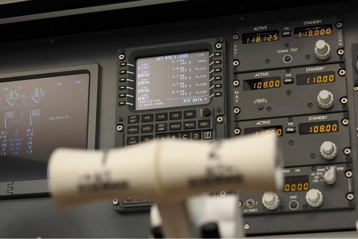 Panel 737 Desktop V2 with Overhead / PMDG 737 NGX